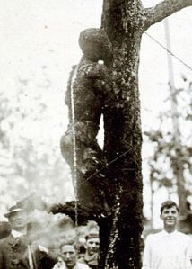 Washington_hanging_1916-cropped