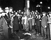 200px-Duluth-lynching-postcard