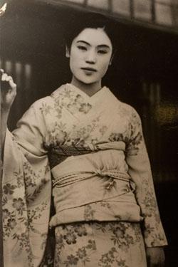 MrMary Reflects || Geishas, Monogamy & InfidelityIII